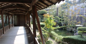 temple-near-mountain01